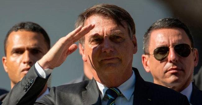 Bolsonaro corta programas pró-democracia do Orçamento