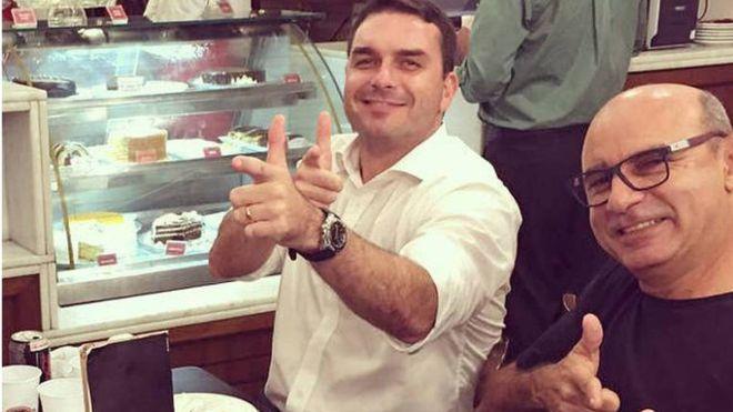 Justiça do Rio nega prisão domiciliar para Queiroz