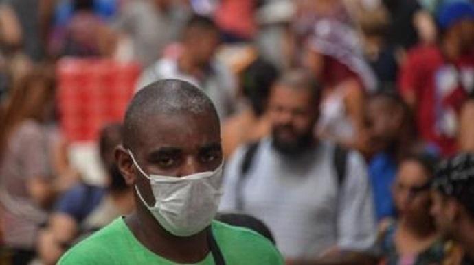 Brasil não atende aos critérios da OMS para flexibilizar quarentena