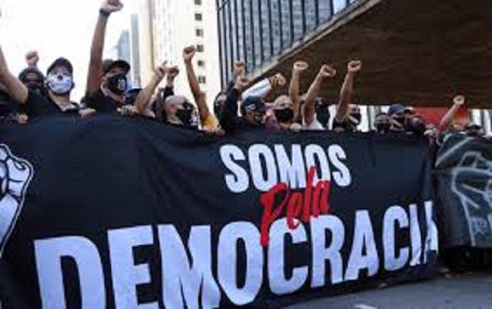 Manifestos e protestos na encruzilhada da esquerda brasileira, por Erick Kayser