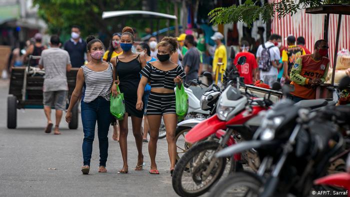 Reabertura precoce no Brasil deve gerar explosão de novos casos de covid-19