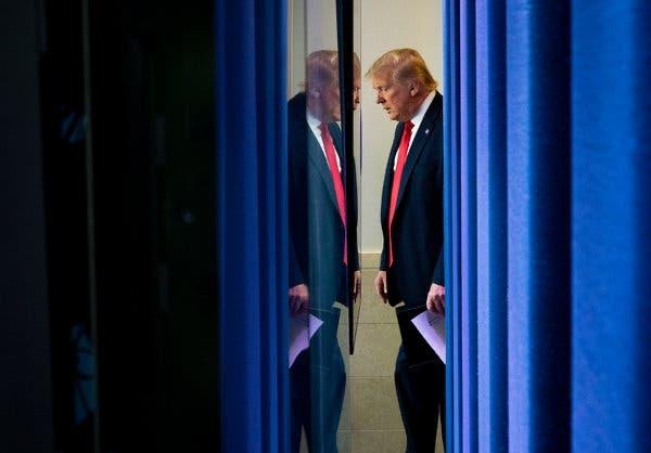 As revelações da sobrinha de Trump sobre as brigas de uma família polêmica