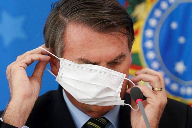 Bolsonaro associa crise da Covid a governadores e prefeitos adversários