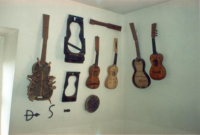 A Viola de Samba e o Samba de Viola doRecôncavo da Bahia no acervo de Waddey, por Josias Pires