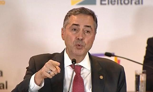 Pela terceira vez, Barroso recusa plano do governo para proteção de indígenas na pandemia