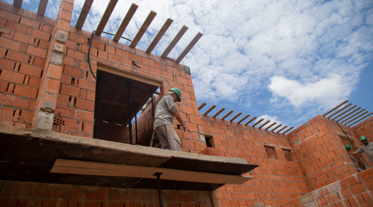 Custos da construção civil avançam 1,71% em outubro