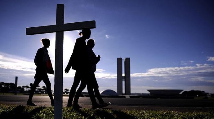 Presença do Elemento Religião na Politica Brasileira, por Marcos Vinicius de Freitas Reis