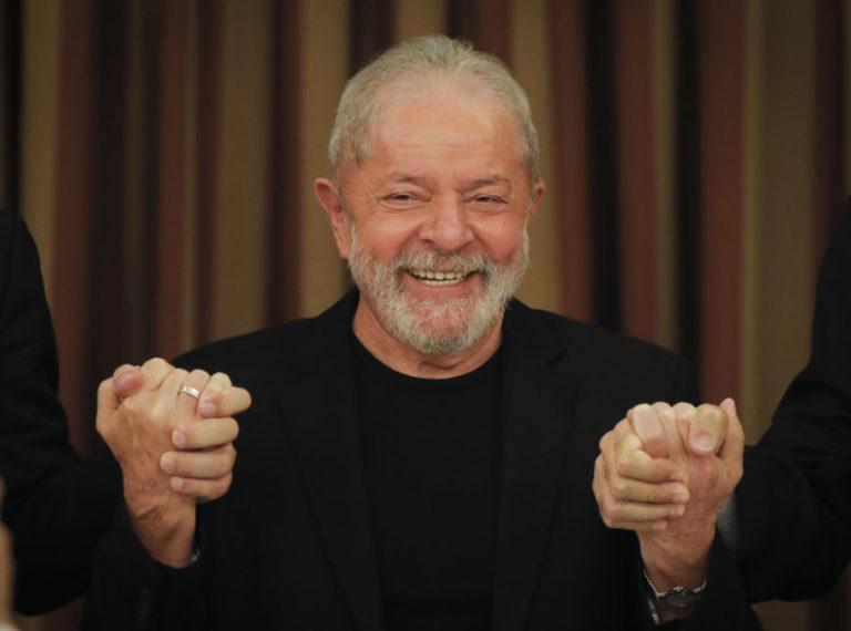 TRF-4 atende Lula e paralisa ação da Lava Jato sobre doações da Odebrecht