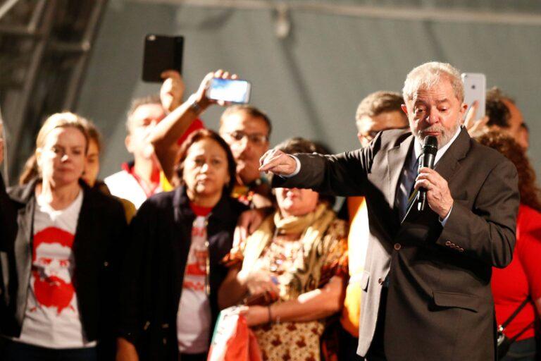 """Defesa celebra, mas diz que decisão de Fachin não repara """"danos irremediáveis"""" causados a Lula"""