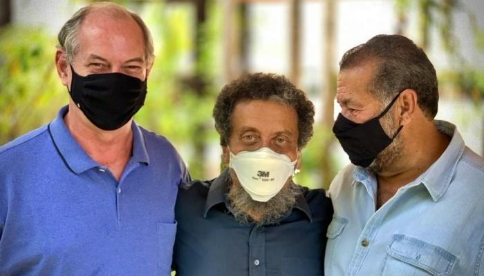 Cinco meses após dizer que Lula deveria ser vice, João Santana fecha com Ciro por R$ 250 mil ao mês