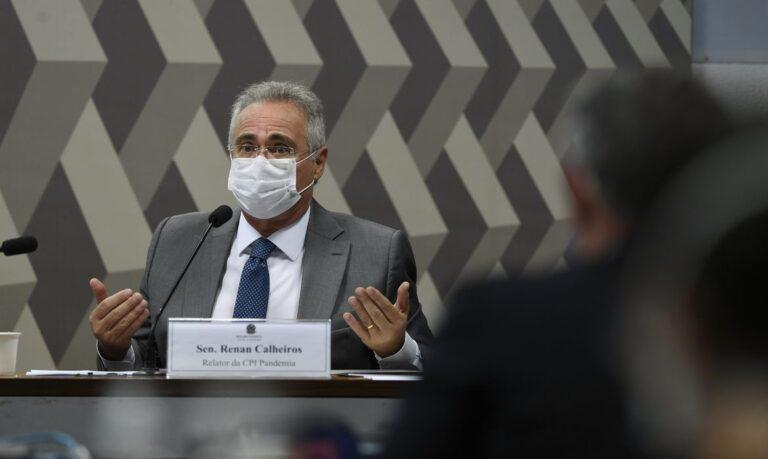 """""""A CPI vem iluminando os porões do governo"""", diz Renan, em resposta a Bolsonaro e às Forças Armadas"""