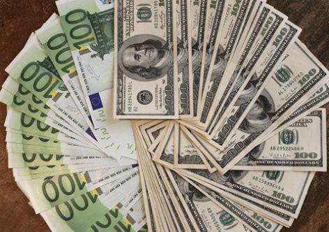 Para entender o sobe-e-desce do dólar, por Luis Nassif