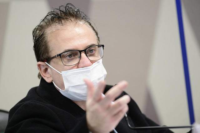 Cristiano Carvalho confirma pedido de propina para compra de vacinas