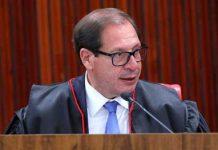 O ministro Luis Felipe Salomão, do TSE, durante julgamento da cassação de Jair Bolsonaro. Foto: TSE/divulgação