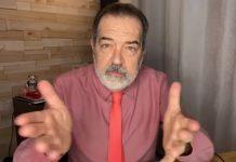 Filósofo Paulo Ghiraldelli em vídeo no seu canal no Youtube